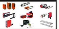保质一年;LEUZE/劳易测测量传感器CML720i-R05-880.R/D3-M12