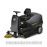驾驶式清扫车